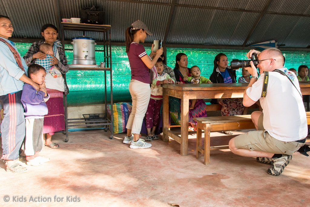 Kids Action for Kids - Mae Hong Son 2016